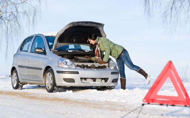 Як завести автомобіль взимку?
