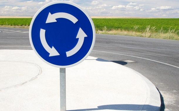 Набув чинності закон про єдине правило проїзду перехресть з круговим рухом